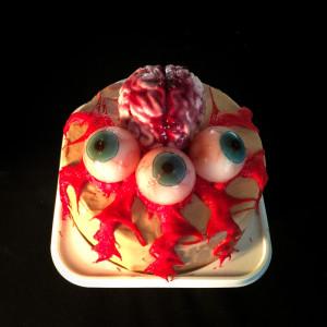 脳みそ目玉ケーキ   中西怪奇菓...